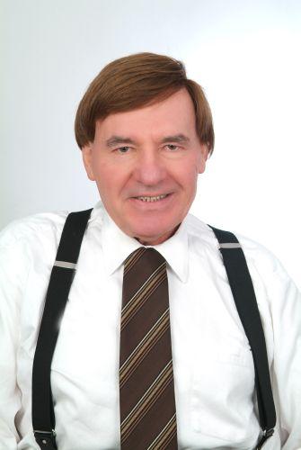 Matematik Öğretmeni yazar Kemal Türkeli